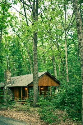 Book Mountain Springs Woodside 7 Poconos