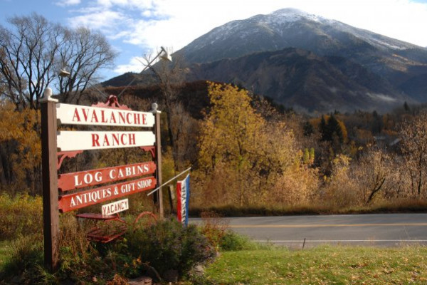 Entrance to Avalanch Ranch
