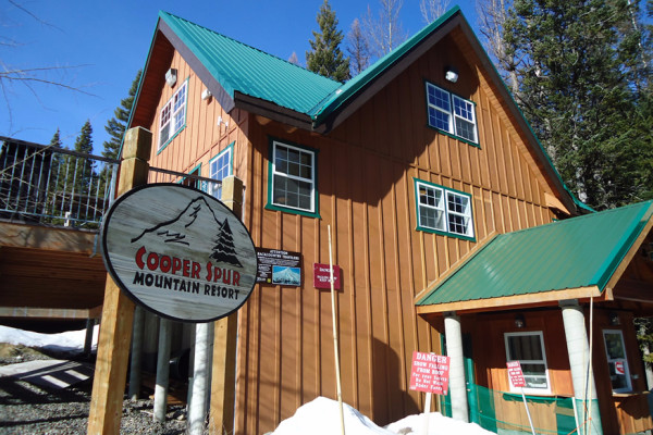 Cooper Spur Resort