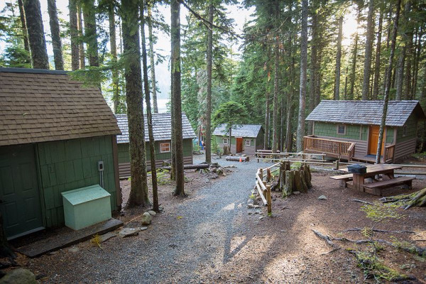 Book lost lake cabin 3 mount hood oregon all cabins for Lake cabins for rent in massachusetts
