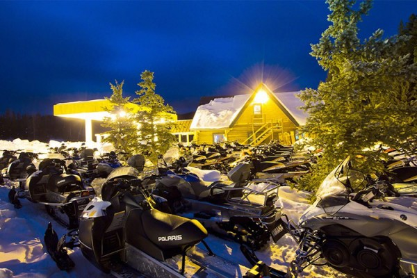 Snowmobile Rentals in Winter